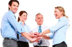 trabajo-en-equipo-redes-sociales