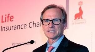 Luis Badrinas, CEO de Community of Insurance abriendo la conferencia